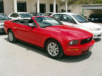 オープンカー 赤